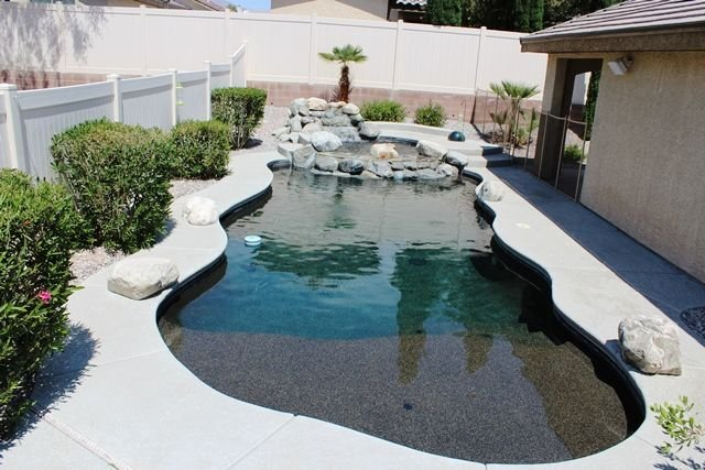 Beautiful North Las Vegas Home with Oasis Pool and Spa, vacation rental in North Las Vegas