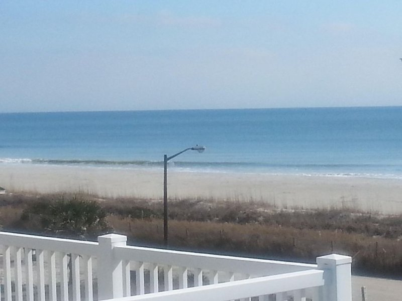 Ocean/Intracoastal View from Every Room!! Private Heated Pool/Golf Cart/Bikes!!, vacation rental in Ocean Isle Beach