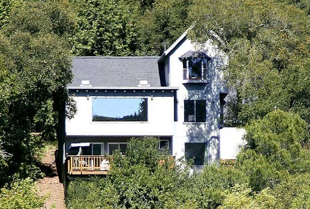 Views, Hot Tub, Fireplace, Semi-Private Beach Close By , Pet-Friendly, vacation rental in Healdsburg