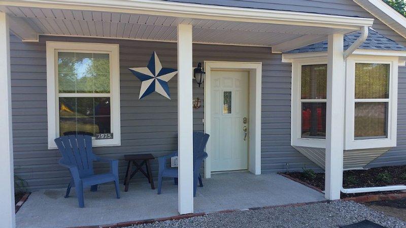 The Lake House Cottage - Sleeps 5, alquiler vacacional en Port Huron