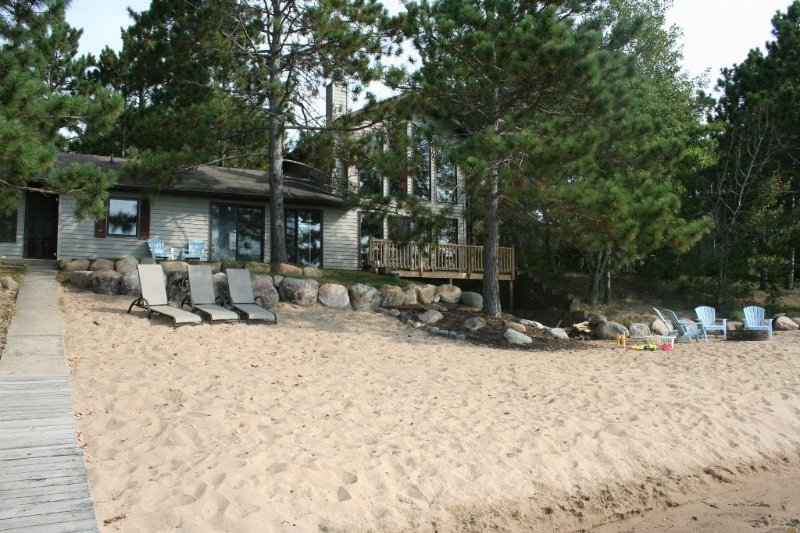 Beautiful Sand Beach for Family-Friendly Get Away on Horseshoe Lake, holiday rental in Deerwood