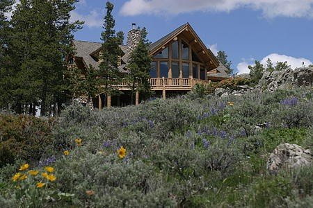 Exclusive Family Luxury Mountaintop Lodge on 43 acres, alquiler de vacaciones en Granby