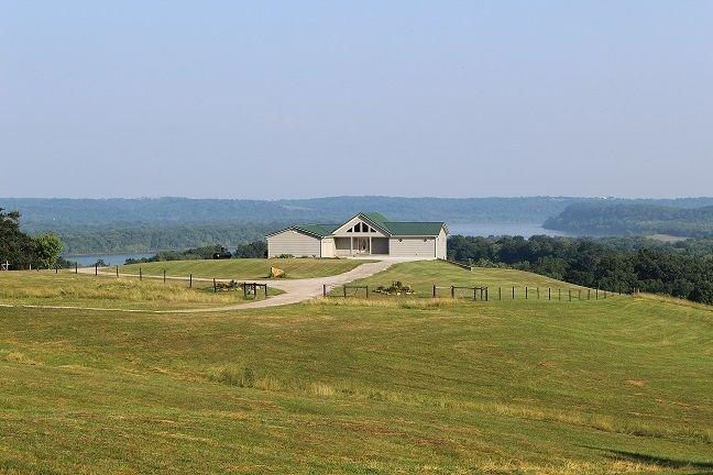 Martin Ridge Ohio River View, alquiler de vacaciones en Derby