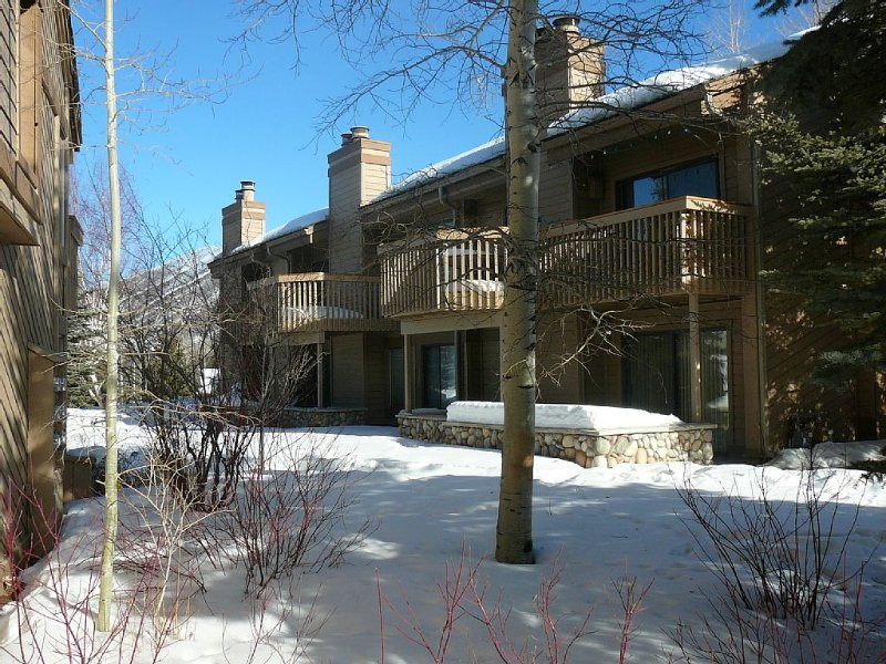 Snowcreek Location! at Heart of SV-Next Door to Dollar Mtn