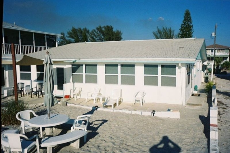 Your Door Opens Right Onto the Beach!  Our private beach is OPEN!, holiday rental in Englewood