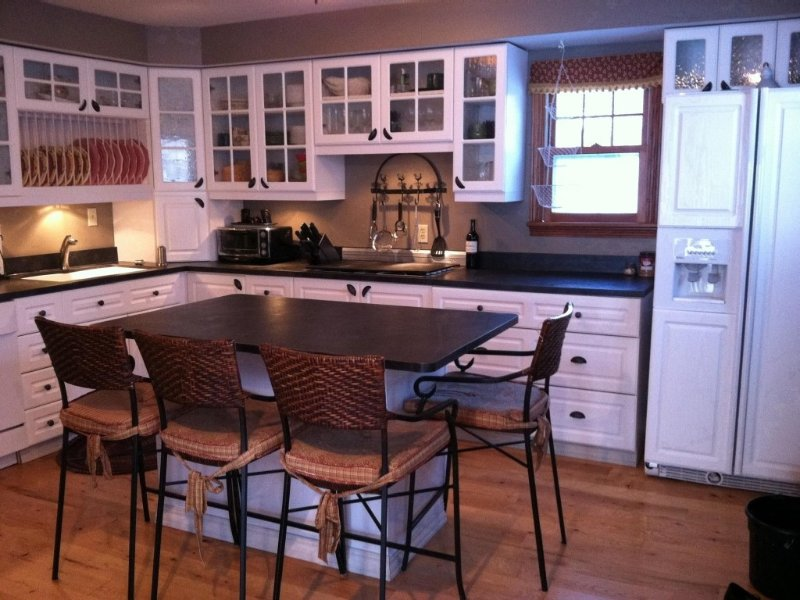 Breathtaking beach front, quiet area, close to amenities and attrations, vacation rental in Chilton