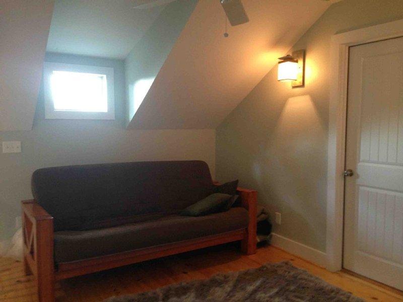 loft futon sofa/full bed