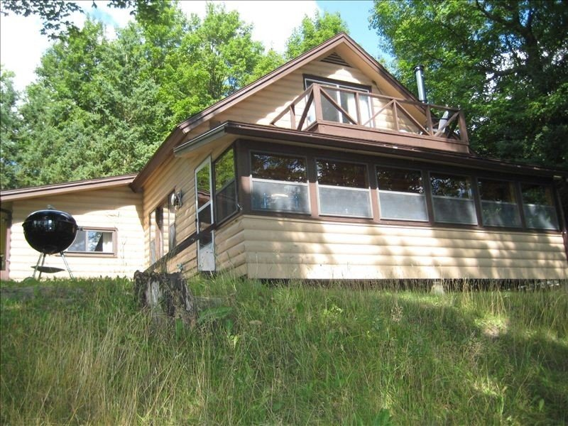 Lake Michigamme Cabin, Your Home Away from Home!, alquiler vacacional en Champion
