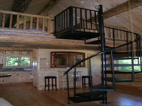 Spiral staircase and loft