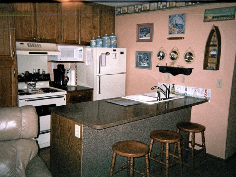Waterfront Condo located on the shores of Lake Erie in Port Clinton, Ohio., holiday rental in Port Clinton