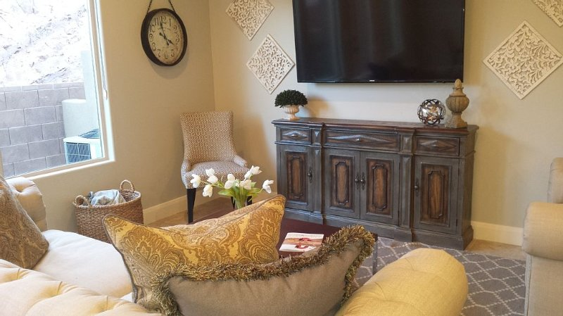 Luxurious and Relaxing Southern Utah Condo, holiday rental in Washington
