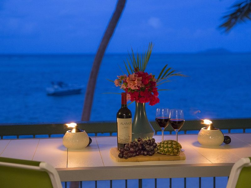 Does life get any better? Wine, a view, ocean breezes...