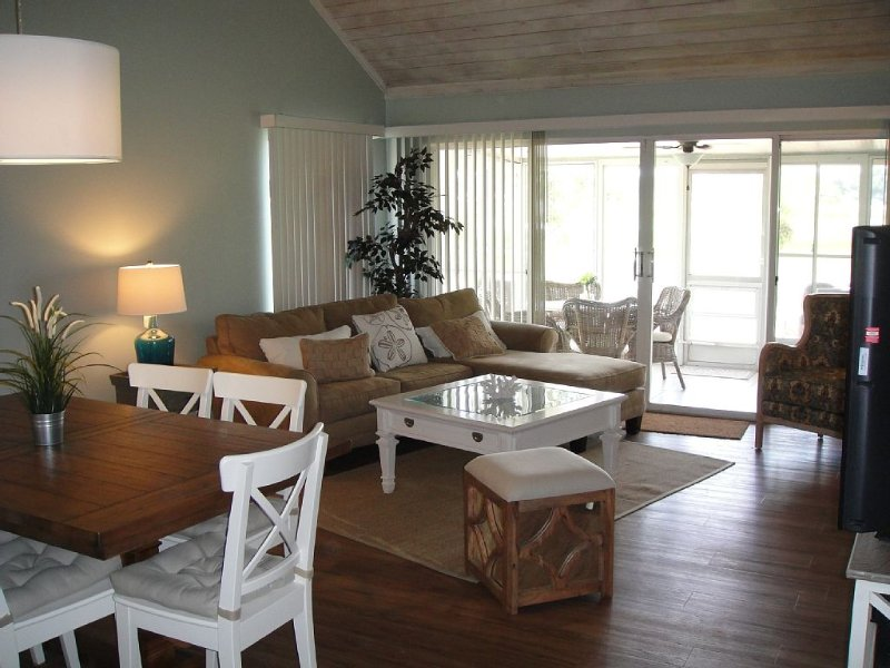 Beach-style decor Golf Villa in Errol Estate with Lake view, location de vacances à Apopka