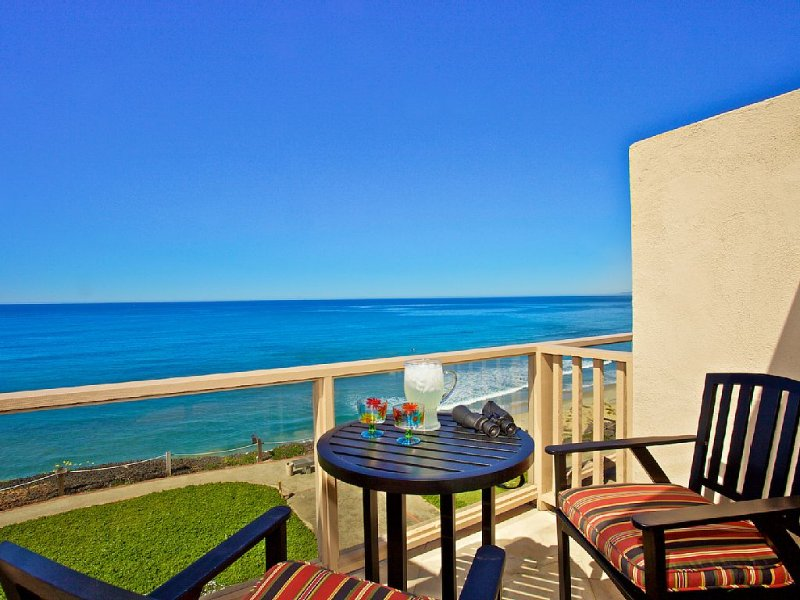 Top-Floor, Whitewater Ocean and Beach views.  This is as good as it gets!, vacation rental in Solana Beach