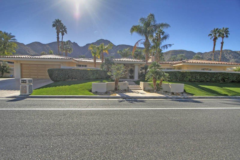 Stunning Home in Prestigious Location!, holiday rental in Indian Wells