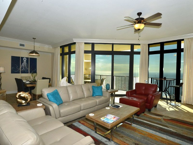 Phoenix West II 3BR/4BA Gulf Facing, Large, All Tiled Lux Condo,  7/18-7/22 Open, holiday rental in Orange Beach