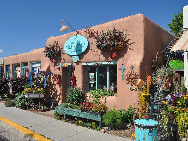 Wonderful, Downtown Treasure, holiday rental in Ranchito