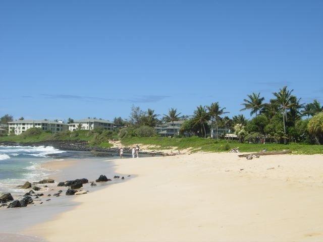 Shipwreck's Beach - Just Steps Away