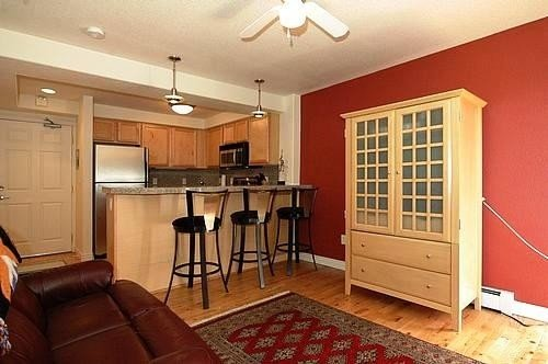 Great Condo, Close to Everything - (60 Night Minimum), vacation rental in Denver