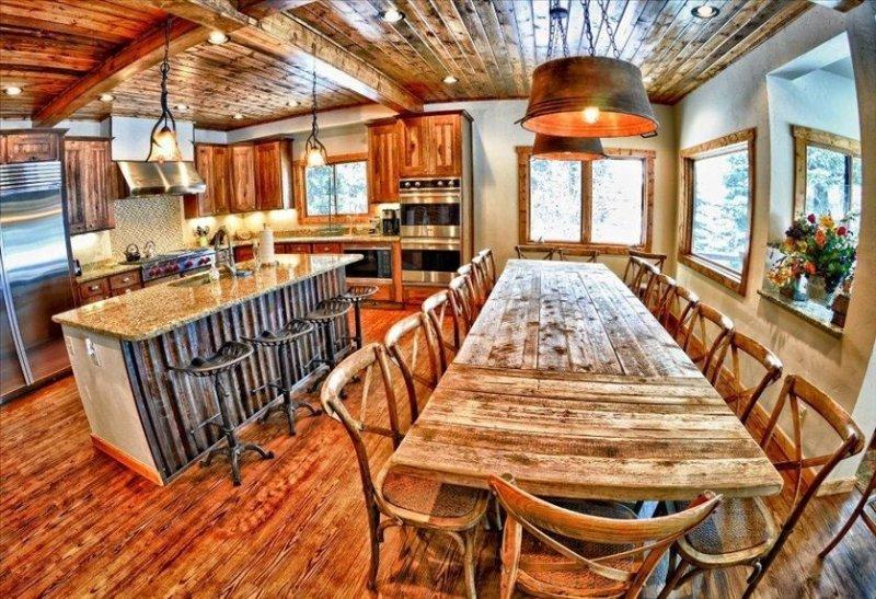 Large, Luxury Private Home in Downtown Winter Park on Vasquez Creek*, alquiler de vacaciones en Winter Park