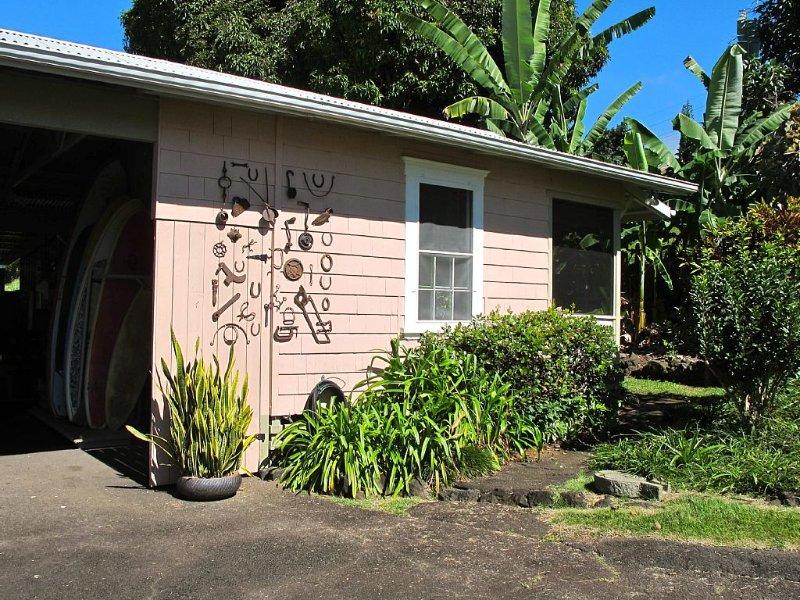 Delightful Bungalow on Historic Estate Property. Choice Holualoa!, aluguéis de temporada em Holualoa