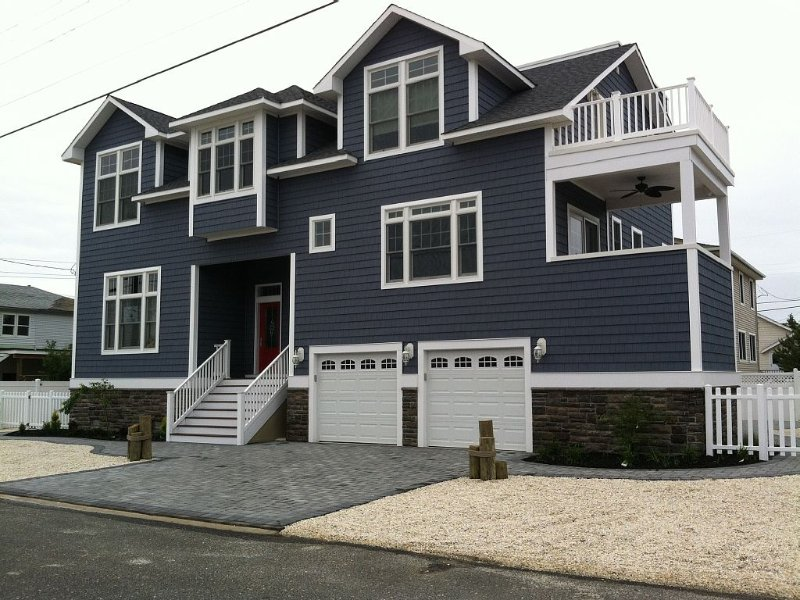 New Gorgeous Oceanside Home w/ Outstanding Views., holiday rental in Long Beach Island