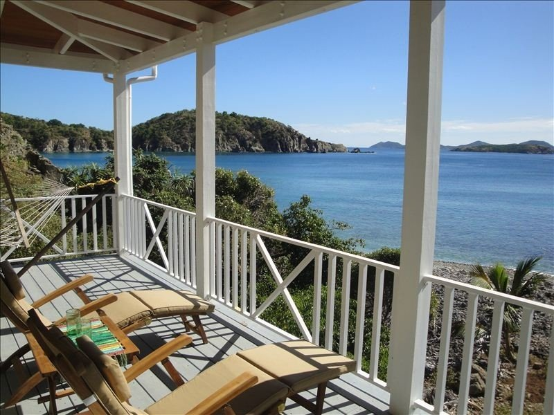 Beautiful - Private - Romantic - Waterfront - Escape, location de vacances à East End
