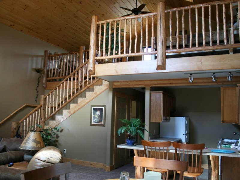 5 ~ Lodge Style Cabins, Stunning Mountain views, 1 1/2 miles to town, dogs ok, vacation rental in Salida