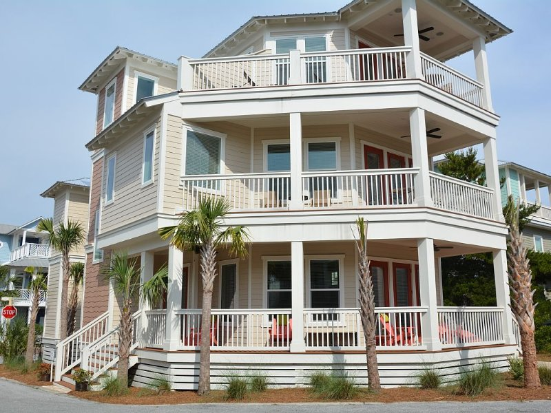 Windows By The Sea! Open, Bright, Modern, Steps From 30A And The Sand..., holiday rental in Seacrest Beach