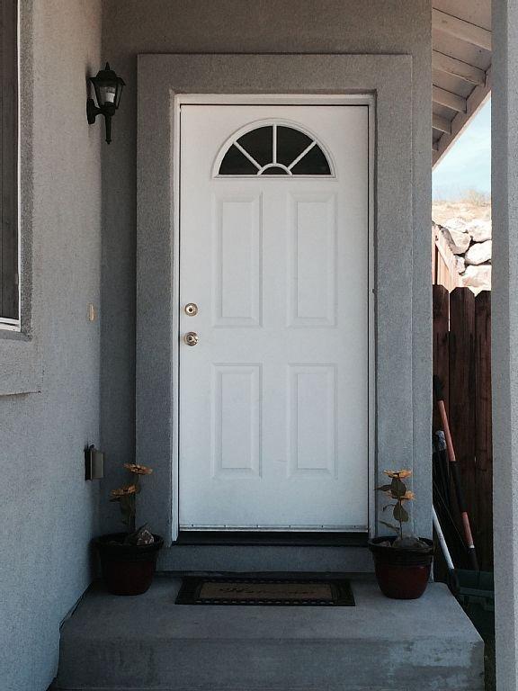Front Door, Welcome to Reno
