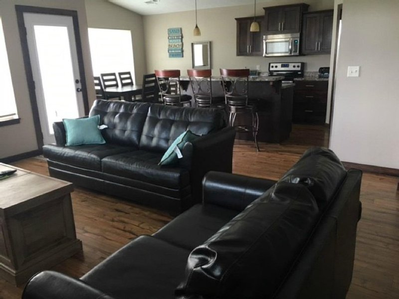 Taking 2020 rentals, 3 BR, 2 bath, ranch style, finished off garage, holiday rental in Spirit Lake