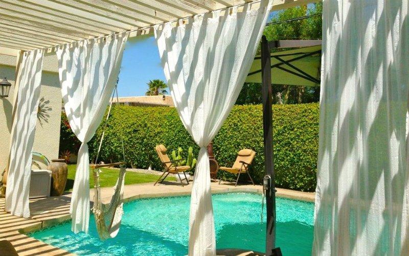 Fabulous Home in Sought After Neighborhood, Close to El Paseo., alquiler de vacaciones en Palm Desert