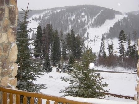 Keystone Slopeside Condo - Great Views & High Speed Internet, alquiler vacacional en Keystone