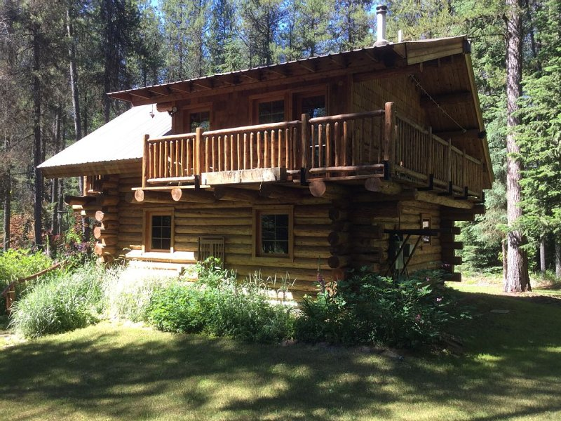 Side view of Cabin, upstairs deck