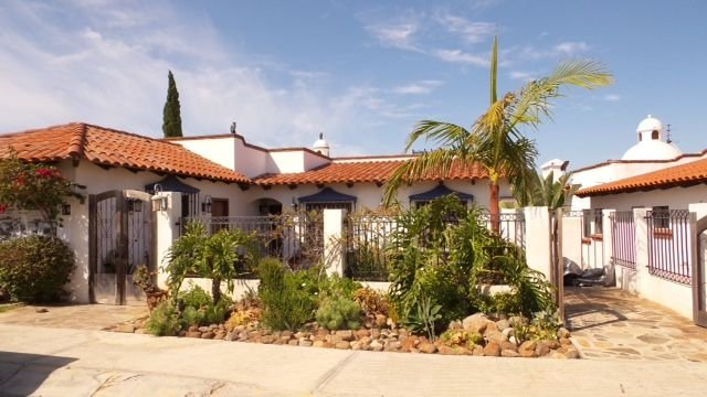 Villa with incredible ocean views on golf course in gated community in Bajamar, holiday rental in Ensenada Municipality