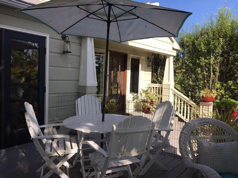 **NEW LISTING** Quintessential Cottage In the Heart of La Jolla's Bird Rock area, vacation rental in La Jolla