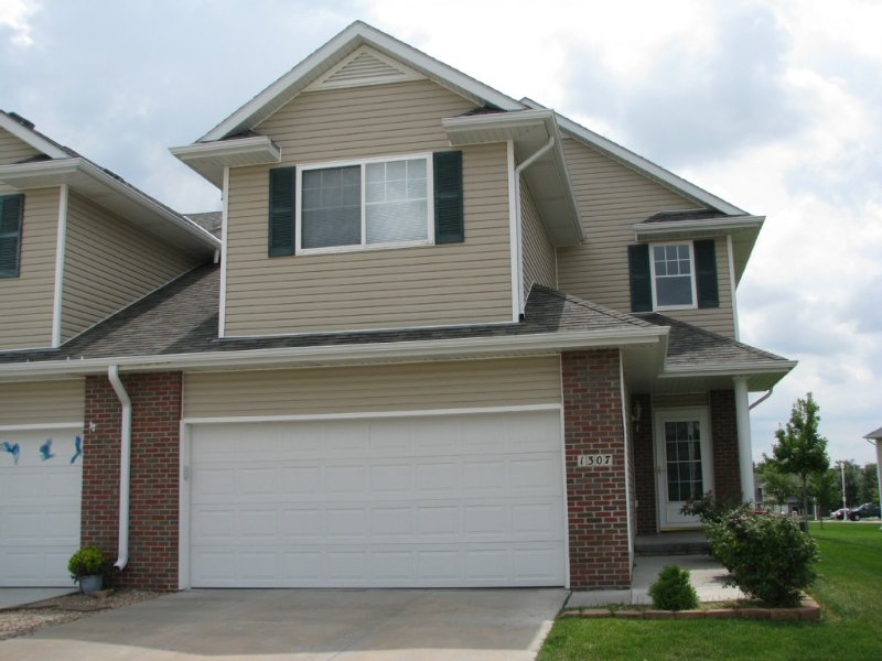 Newly Updated Vacation/Executive Home-Minutes To Downtown, holiday rental in Nebraska
