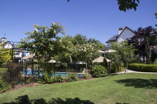AUBURN COTTAGE POOL HOUSE, SPA AND GROUNDS, location de vacances à Lincoln