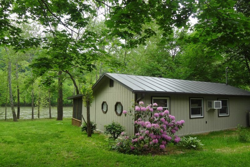 Chill'axin on the Shenandoah River in Luray Va. Your Private escape!