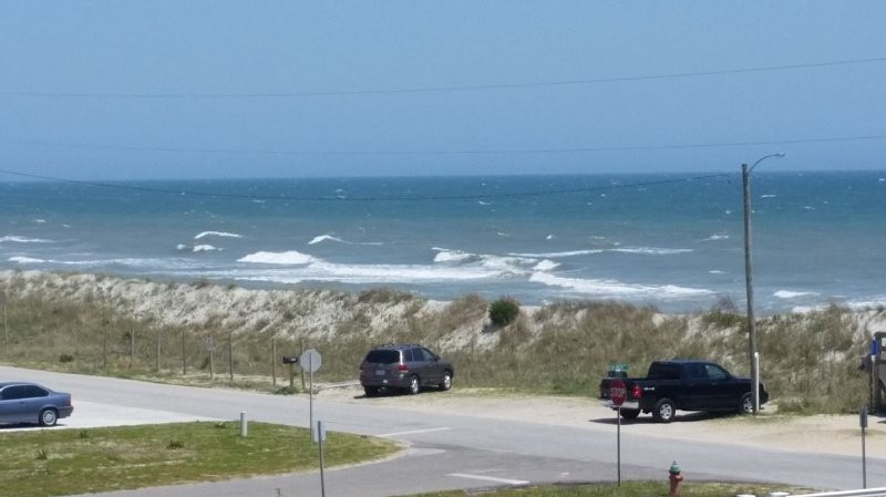 5 Bdrm, Beautiful Oceanview, Pets OK, Linens/Towels provided, holiday rental in Surf City