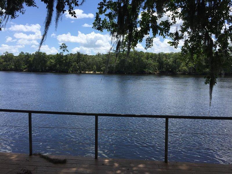 Suwannee River Retreat, location de vacances à Fanning Springs