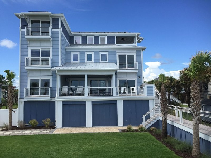 Oceanfront-Wedding Venue-Handicapped Elevator, location de vacances à Folly Beach