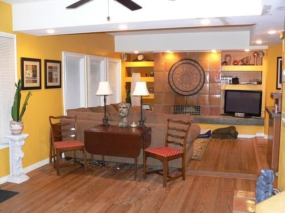 COME VISIT US IN SAVANNAH!  {House for a family of 10 or Studio for 1--2 people}, vacation rental in Thunderbolt