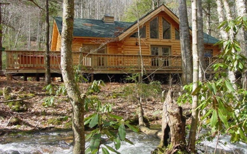 A Mountain Paradise on Collett Creek in Andrews, Nc, holiday rental in Andrews