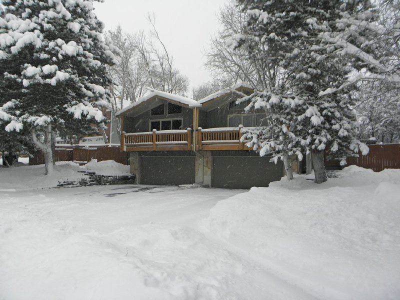 Four resorts within 20 minutes from your door step!!, casa vacanza a Cottonwood Heights