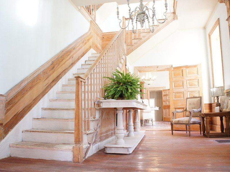 entance foyer and main staircase