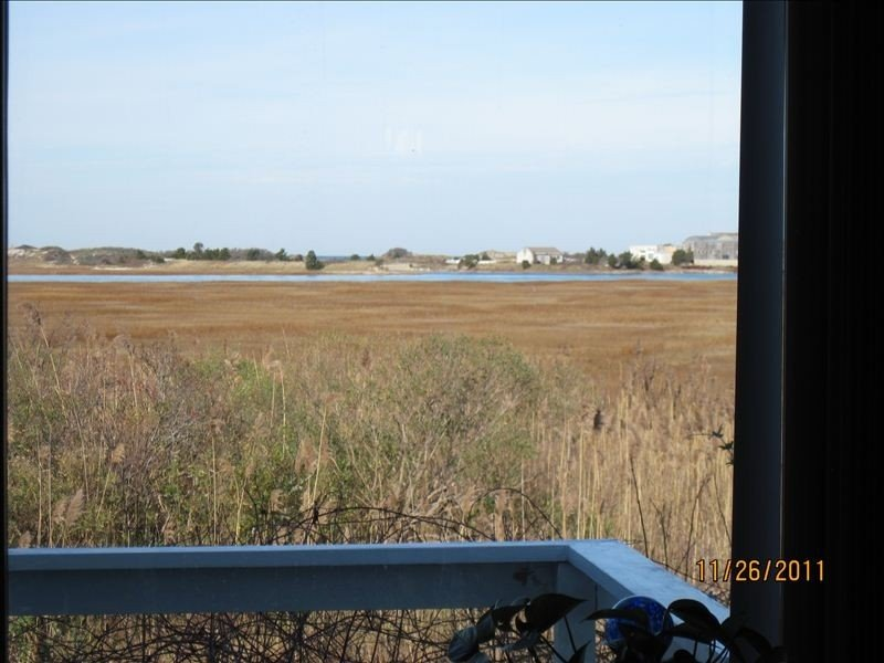 Beautiful Cape Cod View Overlooking Dunes, holiday rental in Yarmouth
