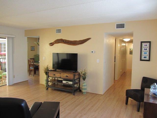 Sea Fern Condominium, Unit 504, holiday rental in Daytona Beach Shores