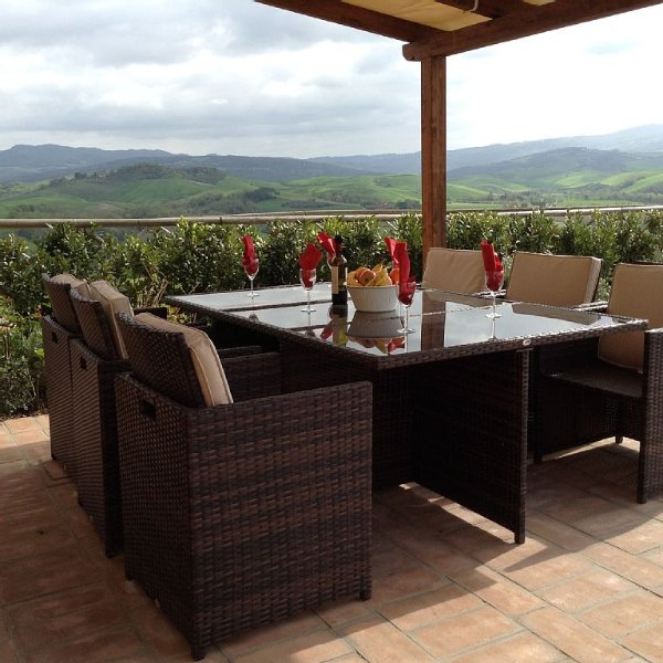 Villa Bel Sogno - Beautiful View Of Volterra And The Countyside. Sleeps 4-6!, holiday rental in Volterra