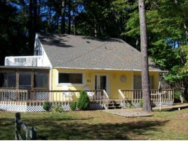THIS IS THE ONE!! Sleeps 12! Private Beach!, holiday rental in Bethany Beach